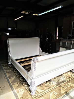 Ornate Queen Bed for Sale in Athens, TX