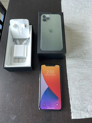 iPhone 11 Pro 64gb Factory Unlocked - Midnight Green for Sale in Tampa, FL