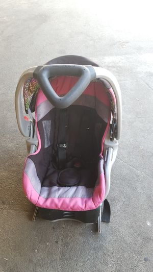 Free car seat and base for Sale in Whittier, CA