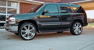 Great truck Chevy Tahoe Z71 8.O.O$ for Sale in Los Angeles, CA
