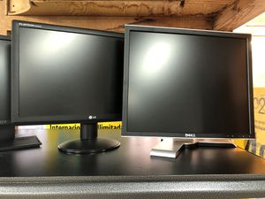 19 - 22 inch LCD monitor for Sale in Renton, WA