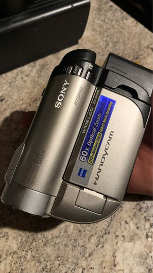 Sony DCR-DVD650 Handycam® for Sale in Long Beach, CA