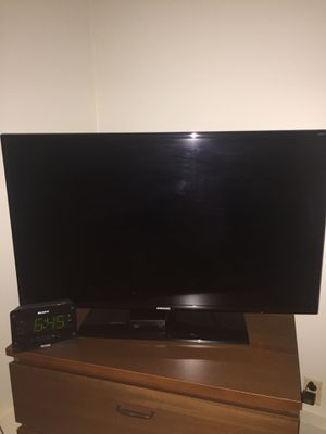 """40"""" Samsung TV for Sale in Rutherford, NJ"""