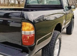 Automatic Transmission, AWD - Toyota TACOMA 01 for Sale in Sterling Heights, MI