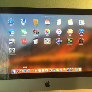 Imac 21.5 inches - Mac OS High Sierra for Sale in Huntington Beach, CA