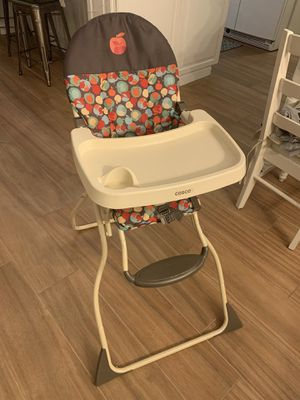 Cosco simple fold high chair for Sale in St. Cloud, FL