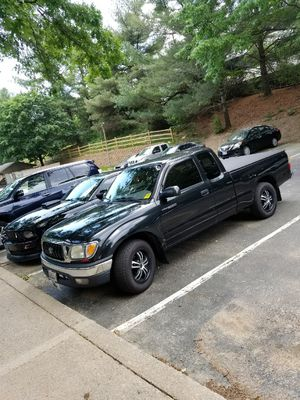 Toyota tacoma 2004 for Sale in Gaithersburg, MD