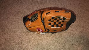 Rawlings Baseball Glove for Sale in DW GDNS, TX
