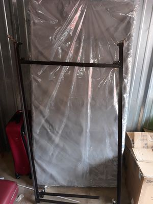 Twin size frame and box spring for Sale in Marietta, GA