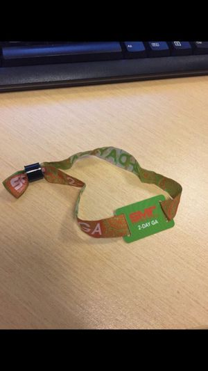 SMF 2 Day Wristband for Sale in Tampa, FL