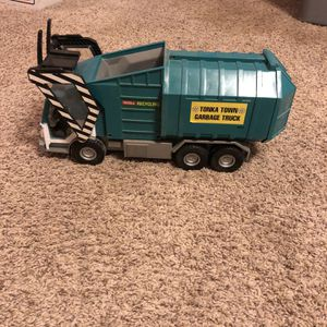 Toy Trash Truck for Sale in Apple Valley, CA