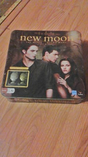 The twilight new moon board game for Sale in Dayton, OH