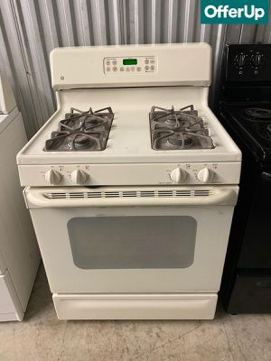 30 in. Wide GE Gas Stove Oven 4 Burner #1257 for Sale in Orlando, FL