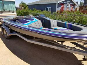 21 foot Ultra for Sale in Hesperia, CA