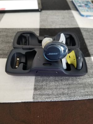 Bose sound sports wireless for Sale in Rancho Cucamonga, CA