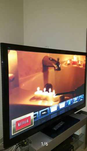 "60"" PANASONIC VIERA PLASMA HDTV----- ( FREE DELIVERY ) for Sale in Lynwood, CA"