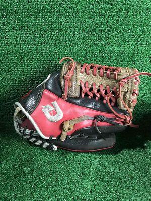 "Demarini 11.5"" Baseball glove (RHT) for Sale in Silver Spring, MD"