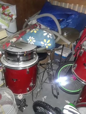 5 piece drum set for Sale in New Kensington, PA