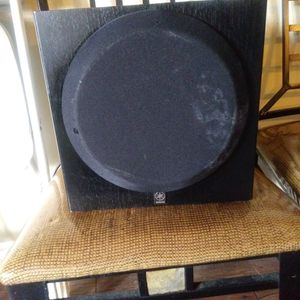 Yamaha Yst-sw012 Active Powered Subwoofer 120v 45w 60hz for Sale in Garden Grove, CA
