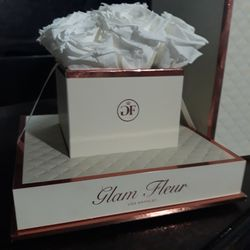 Glam Fleur Forever Flowers Bouquet for Sale in Sloan,  NV