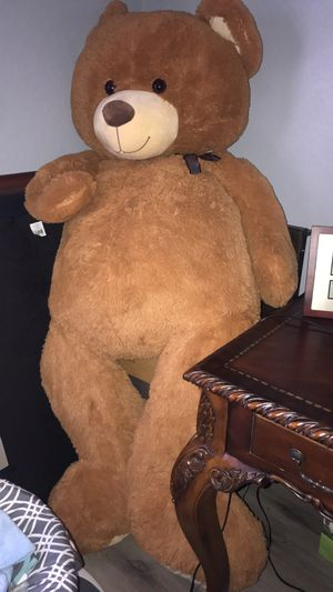 Big stuffed bear for Sale in El Mirage, AZ
