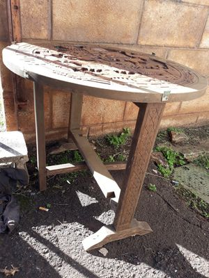Carved woodTable for Sale in Waipahu, HI
