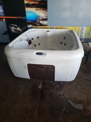 Brand name hot tub for Sale in Fullerton, CA