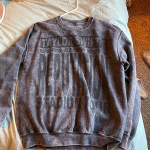 Taylor Swift Reputation Tour Sweatshirt for Sale in Aberdeen, WA