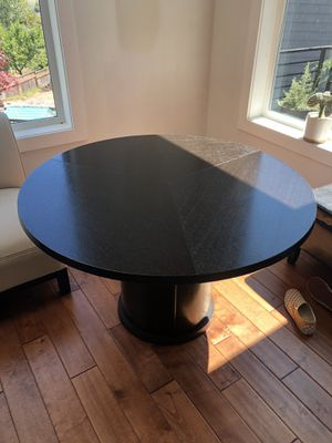Breakfast Nook Table for sale with chairs for Sale in Everett, WA