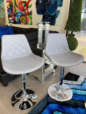 Grey modern 2 pieces bar stools set for Sale in Boca Raton, FL