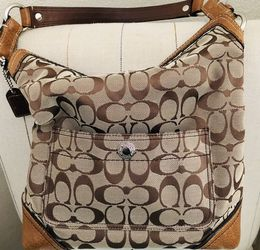 Coach Handbag like new for Sale in Pensacola,  FL