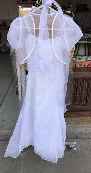 Beautiful girls white dress size 10!! for Sale in Vista, CA