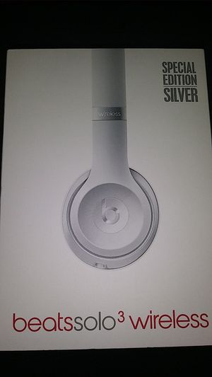 Beats Solo 3 Wireless Brand New Opened Box Still Has Plastic On The Sides///Trade for Iphone Or Jordans Size 10.5 Firm Price for Sale in Visalia, CA