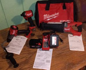 Milwaukee M18 FUEL 18-Volt Lithium-Ion Brushless Cordless Combo Kit (3-Tool) w/(2) 5Ah Batteries, Charger & Tool Bag for Sale in Mobile, AL