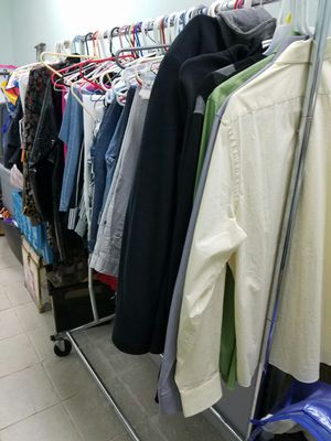 Wholesale clothing for Sale in Jersey City, NJ