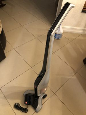 Hoover Cordless Vaccum for Sale in Carol City, FL