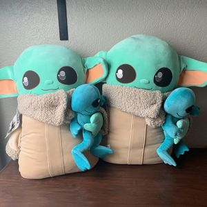 Baby Yoda Plush for Sale in San Antonio, TX