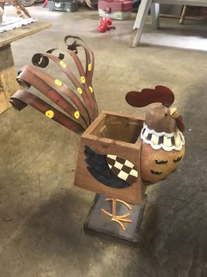 Rooster plant holder for Sale in Tacoma, WA