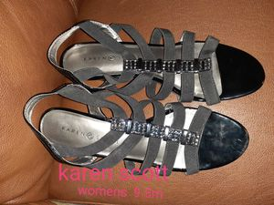 $5 Various womens shoes for Sale in West Richland, WA