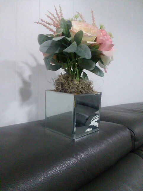 Square Mirror Flower Pot