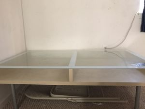 Coffee table 20$ for Sale in Erie, PA