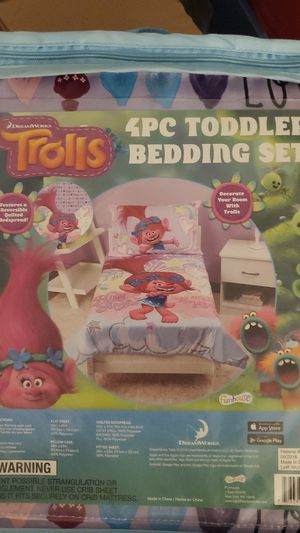 Trolls toddler bedding set for Sale in Chino, CA