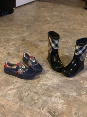 Gucci and Burberry shoes for Sale in River Hills, WI