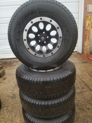 31 11.5 15 tires new 5x114 5x4.5 for Sale in Carol Stream, IL