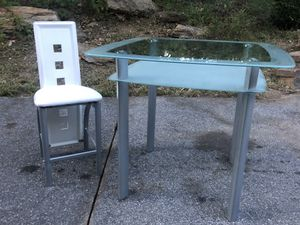 Like new table set for Sale in Sykesville, MD