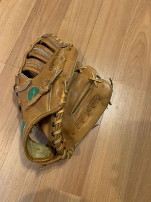 Vintage Dudley D4000 Adult Baseball Softball Glove for Sale in Lake Oswego, OR