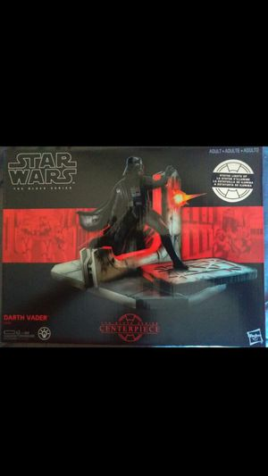 EXCLUSIVE 2017 STAR WARS THE BLACK SERIES CENTER PIECE #1 DARTH VADER LIGHT UP STATUE for Sale in El Mirage, AZ