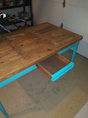 Dining kitchen table for Sale in Largo, FL