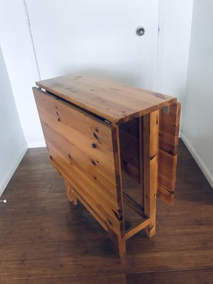 Knotty pine folding table for Sale in Culver City, CA