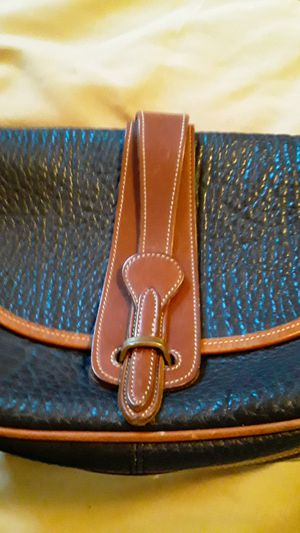 Dooney & Bourke leather purse vintage for Sale in Charlottesville, VA